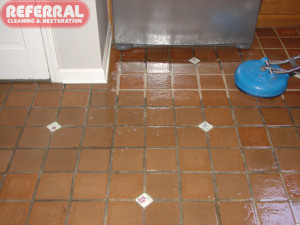 Tile - Kitchen Tile & Grout Cleaning Contrast (2)
