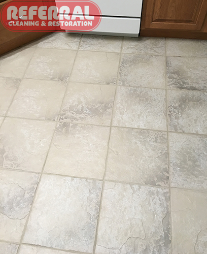 How to clean porcelain tile floors and grout
