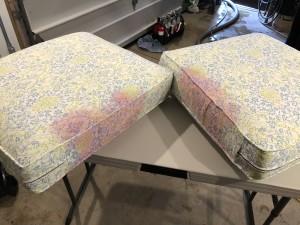 Upholstery - Cranberry juice on cotton sofa cushion