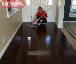 wood-refinisher-1-2-contrast-with-basic-coatings-wood-floor-refinsiher
